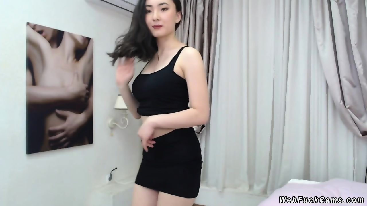 Adult archive Hot chinese girl at mcdonalds porn